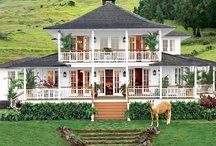 CELEBRITIES HOMES / by Lynette LUNSFORD
