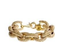 Jewels and Statement Pieces / by Melissa Rubenstein Heller