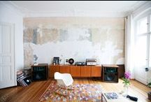 How to listen / All things HIFI. All lot of wish-to-have and nostalgia. / by Michael Dupé
