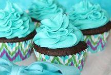 Cakes & Cuppycakes  / by Lene Benavente