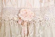 vestidos romanticos y detalles / by La tienda de almudena