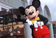 I <3 Disney / by Holly Anne