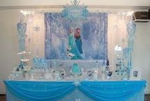 Entertaining | Frozen Party / by Kelly Lemmons