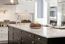 A home - kitchens / by Amy Hilyard