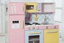 Play Kitchens / by Sadie Lankford