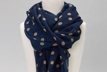 Fashion & Style I Like: Scarves / by Cheryl Ebbinghaus