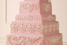 Wedding Ideas: Cakes / by Meranda Devan