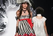 Fashion Show Archive / Anna's favorite runway looks from past collections. / by Anna Sui