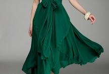 Women's Fashion / by Marina Pimentel