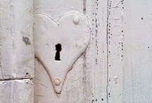 Open Sesame / Doors and portals / by Jin Jin Jewellery