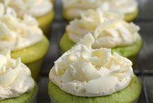 Sweet tooth - cupcake / by Mary Ann A. aka Bella ART
