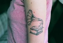 Tattoo love / by Reeve Coobs