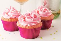 """Foodie ~ Cups and Cakes / """"Cups and cakes, cups and cakes. Oh what good things mother makes! You've gotta take tea, won't you take it with me?""""  ~The Thamesmen   All things cake and cupcakes related... #cupcakes #cake #cakes / by Cindy PinPal246"""