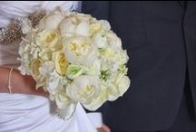 White Wedding Flowers / Fresh Bridal Flowers in soft and gentle shades of White and Ivory / by Flower Design Events
