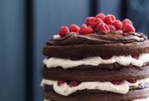 Cakes / by Carolina de Heine