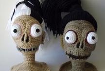 Crochet Amigurumi & Toys / by Caroline Rosenbaum-Rolley RavenMaiden