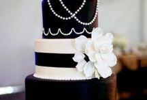Glamorous Black & White Wedding Cakes / by Missy Valderrama