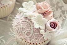 Beautiful & Yummy Desserts / by Kathi Jensen