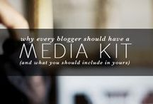 blogs to follow / by HallieMajure Phillips