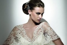 Wedding Dresses / by Anna Martinico