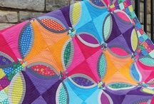 quilting/sewing / by Bobbie Grassel