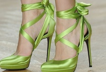 Accessories ~ Shoes / by Donna Weisse