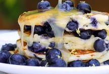 Recipes - Breakfast / Breakfast recipes. Eggs, bacon, pancakes, waffles, muffins, french toast, bagels, donuts, breakfast casseroles, breakfast pastries, breakfast smoothies, jams, syrups, etc. / by Sara {Mom Endeavors}