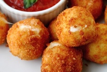 """Appetizers to Try / Always looking for new appetizers!  Once I make something and like it, the recipe moves to my """"Recipes I've Tried and Recommend"""" board:  http://pinterest.com/daynainor/recipes-i-ve-tried-recommend/.  So check there for more appetizers.  / by Dayna"""