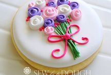 Cookies!! / Beautiful cookies and amazing cookie recipes! / by Cheryl Bagwell-Covington
