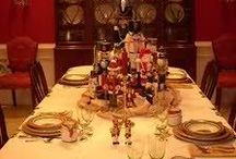 Christmas Table Settings / by Tammy Lanclos