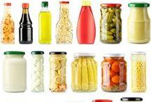 Sauces - Condiments / by Socorro Wapelhorst