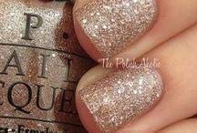 nails / by Megan Toomb