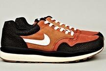 Sneakers / by BASOUK