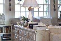 Living Room Love / by Sue Carrero