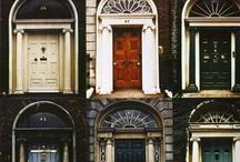 Doors. Doorways. Windows. Portals. / by Patoirlove