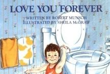 Books Worth Reading / by Laura Ferreira