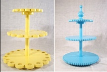 DIY: Cake stands / by Liz Moffat