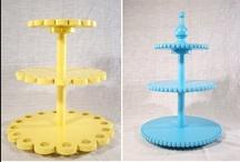 DIY: Cake stands / by Liz Juhnke