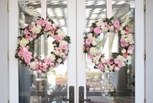 DIY: Wreaths / by Liz Moffat
