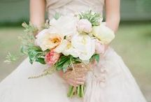 Bouquets / by Bridal Musings - Wedding Blog