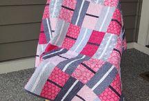 Quilts...Modern / by Stina Blomgren