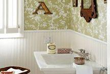 Bathrooms / by Jan Bolen
