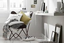 DECOR | living room  / by Stephanie Mayne