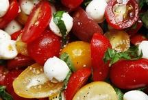 Salads / by Bonnie Oscarson