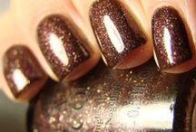 nails!!!! / by Amanda Hannevold