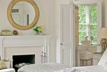 Lovely Bedrooms / by Lucia Eastep