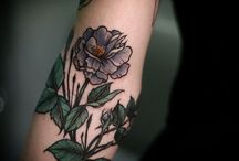 Tattoos and Piercings / by Nina Lundin