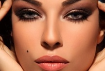 Make-Up Trends / Lipstick, eyeshadow, eyeliner, lipgloss, mascara, eyelashes, eyelashes extension, foundation, powder, concealer, corrector, blush bronzer, lipcolor, lipliner...  Maquillage, rouges à lèvre et ombres à paupière. / by MariKamo Design