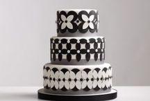 Deco Cakes & Desserts / by Pomme Hoontrakul