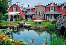 Celebrity Homes / by Julie Keeter